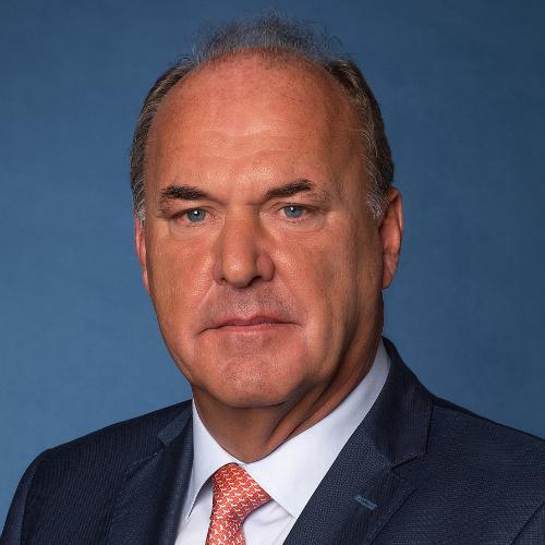 Dirk Bochar (FEANI)